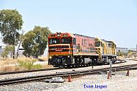 P2513 and S3301 on 6123 light engine movement from Kwinana to Forrestfield seen here at Forrestfield south on the 13th January 2017