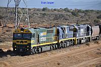 V544, XRB560 and 8229 on 7FP1 coal train at Port Augusta on the 26th January 2013